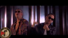 Bad Bunny - Me Llueven (feat. Mark B & Poeta Callejero)