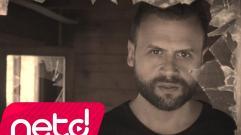Caner Menemencioğlu - Sürgün