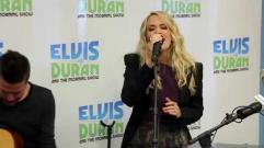 Carrie Underwood - Smoke Break (Acoustic | Elvis Duran Live)