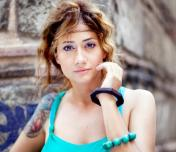 Mavi Photo
